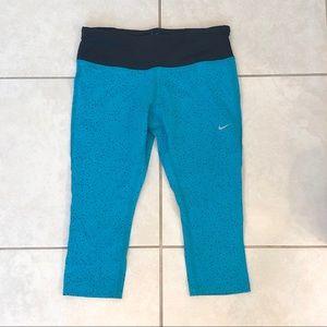 NIKE Dri-Fit 3/4 Crop Capri Leggings (Never Worn!)